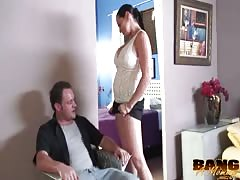 Curvy cheating wife is being fucked hard in her wide mouth