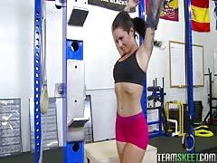 Workout turns into a dirty oral action with a fit hooker Christy Mack