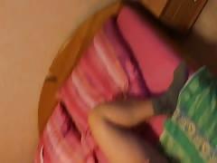 Anja masturbiert vor der Webcam