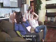 Young Sex Parties - Teens surprise with a sex party